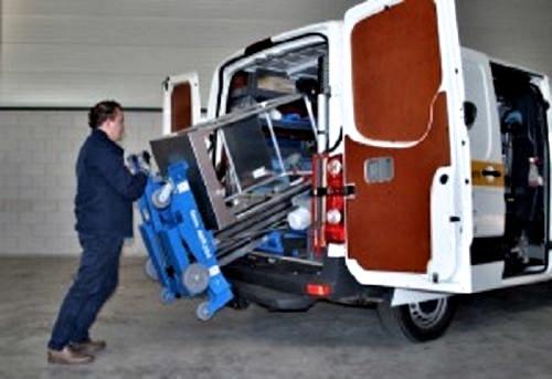 Die Vertikale Arbeitsbühne Genie ist leicht zu transportierener-Verleihfirma-Sauberer-passt-locker-in-einen-Kleintransporter