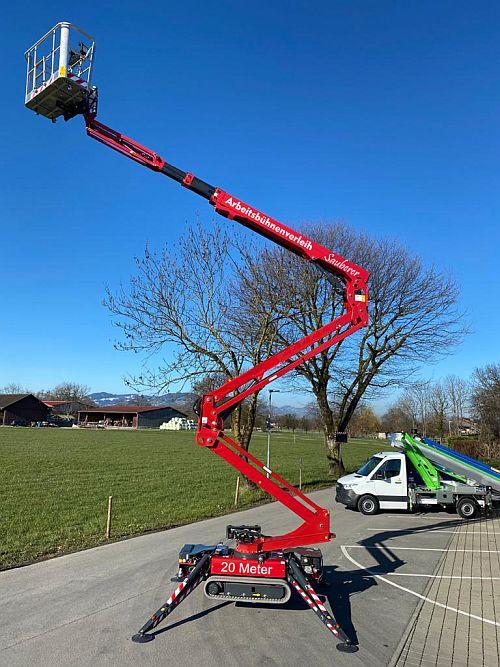 20 Meter hohe Raupenarbeitsbühne - Arbeitsbühnenverleih Sauberer